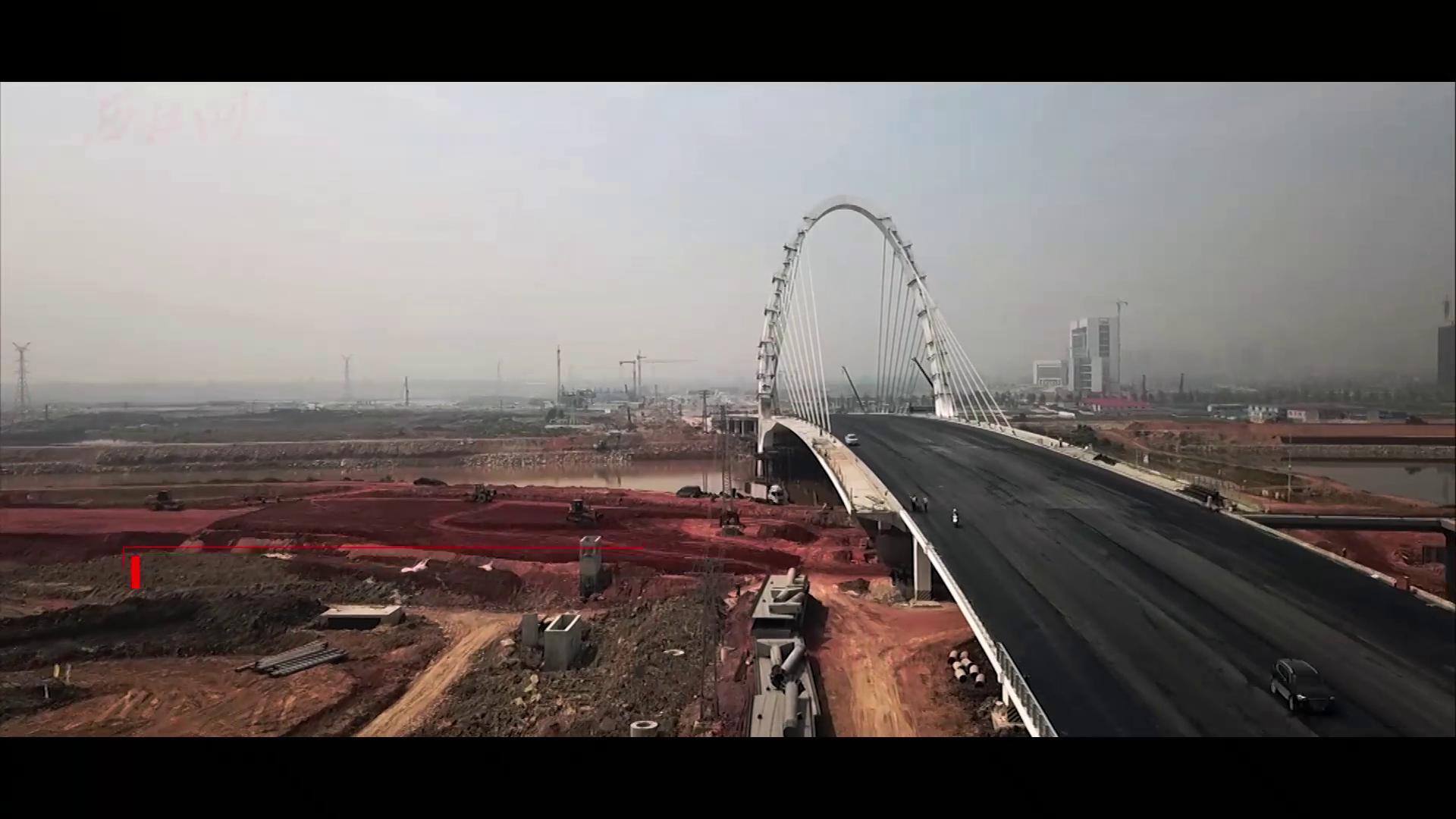 """航拍新区""""城市生命线""""中的重难点工程--""""新区之门""""和""""生态之廊"""""""